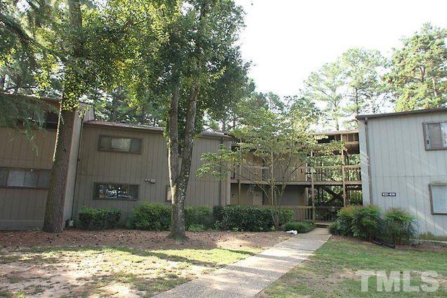 624 Pine Ridge Place Unit 624