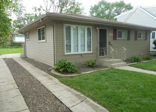 7314 West 114th Place