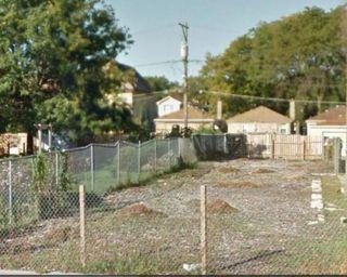 170 North LARAMIE Avenue
