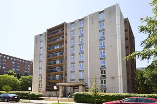 1738 Chicago Avenue Unit 402