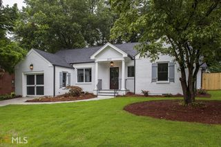 2577 Pineview Dr