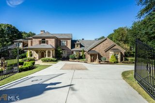 2455 Robert Nash Ct