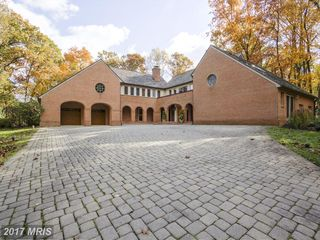 10201 COUNTRY VIEW COURT