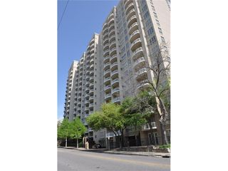 3225 Turtle Creek Boulevard Unit 911