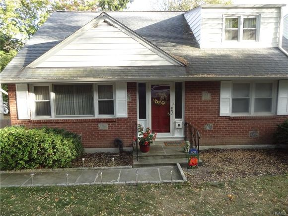 9 Orchard Parkway