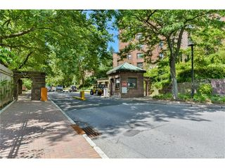 166 Pearsall Drive Unit 4a
