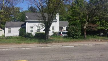 231-233 N Bedford St
