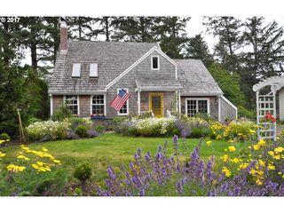 967 N Cottage AVE