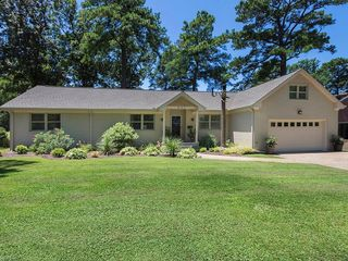 633 CHESOPEIAN Point