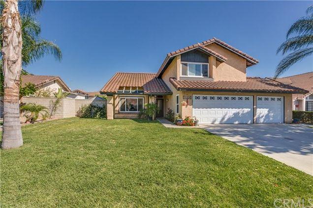 11326 Rancho La Brea Drive