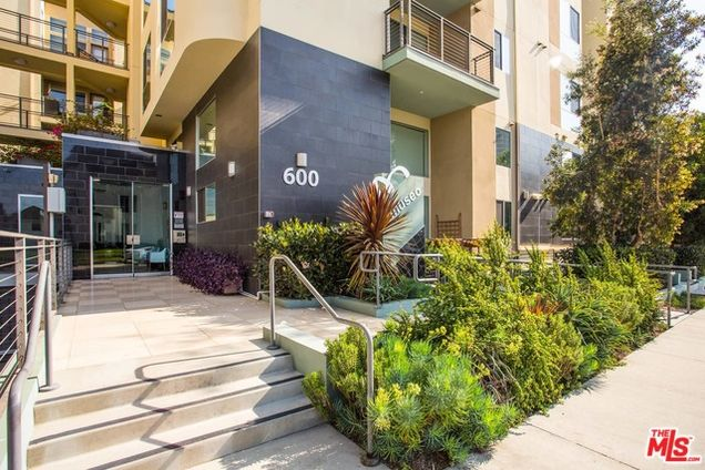 600 South Ridgeley Drive Unit PH9